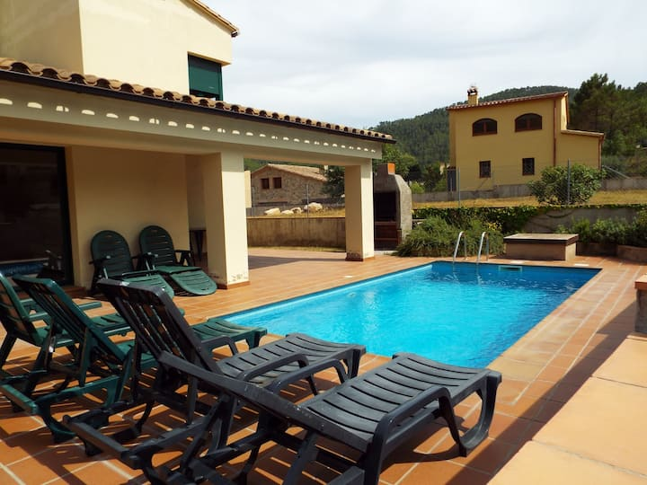 Villa St Llorenç de la Muga with private pool