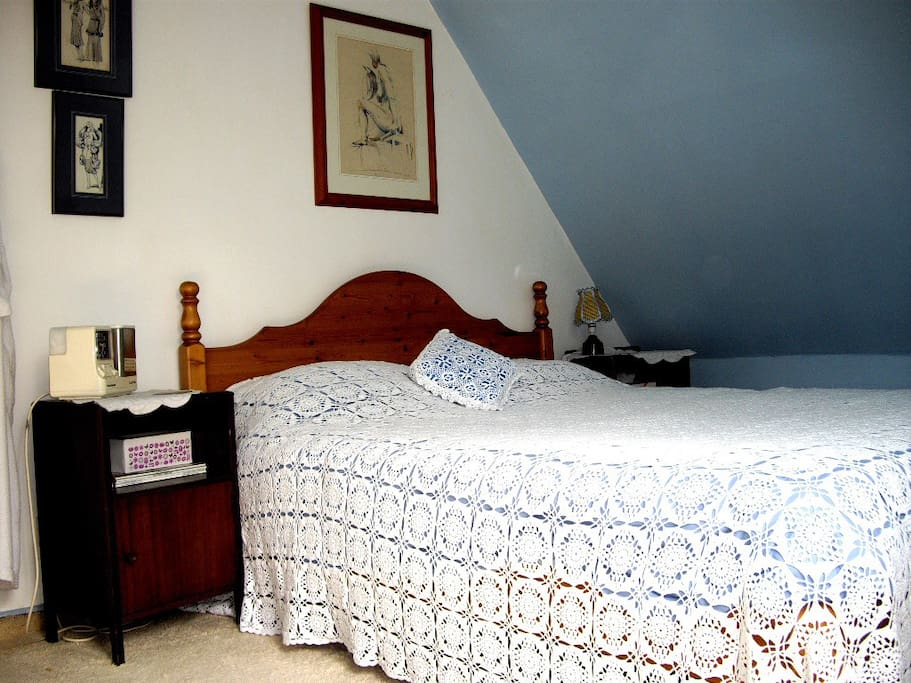 Double bedroom with views towards the village
