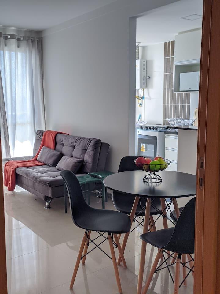 Lindo apartamento novo perto da praia