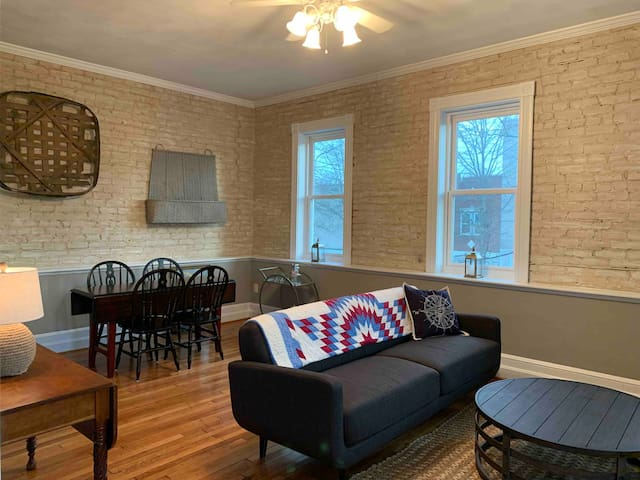 Historic Portsmouth FURNISHED Condo 2 Bed 1 Bath