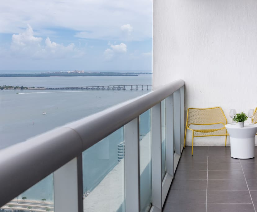 Enjoy the views of the Biscayne Bay and the Miami River.
