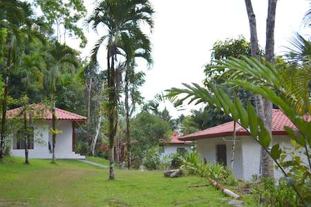 Villa privada dentro de Hotel - Villa