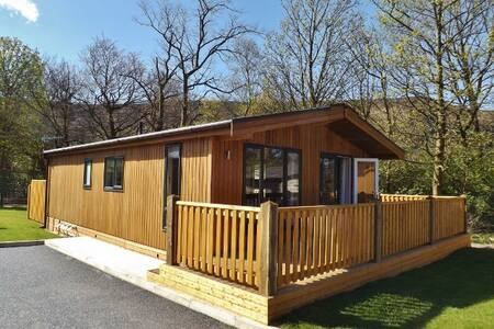 Spa Lodge 2, Dovestone Holiday Park - Greenfield - キャビン