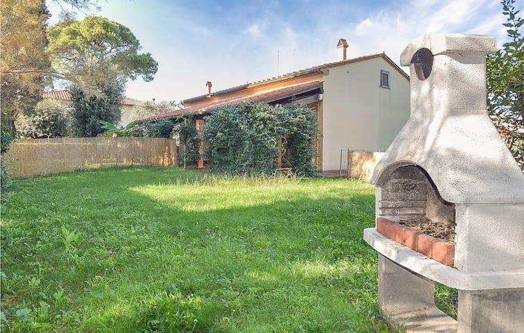 Semi-Detached with 3 bedrooms on 70m² in Cecina