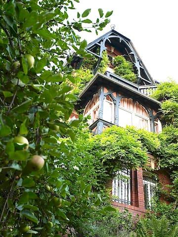 romantisches Wohnen in der Villa