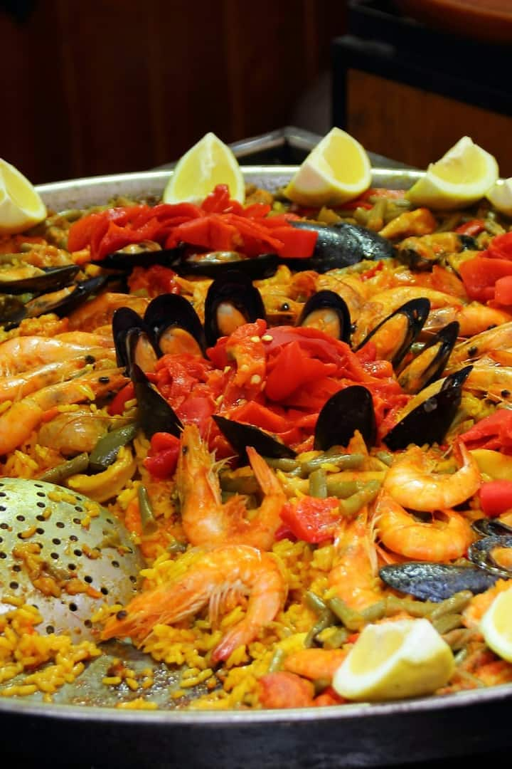 "Spanish ""Paella"" means ""ForHer"" in slang"
