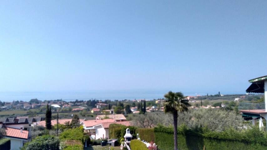 Ferienwohnung mit Traumblick auf den Lago di Garda - Bardolino - Apartemen