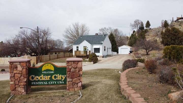 Incredible Home and BEST location in Cedar City