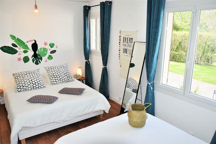 Golden Tree Bedroom - 4 personnes