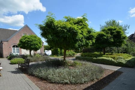 Very cosy cottage/house with old tower - Ghent - Villa