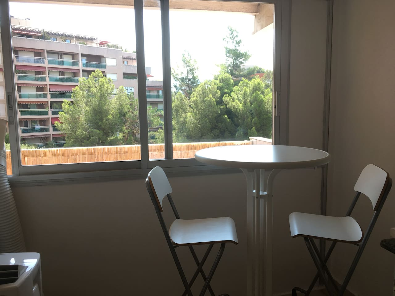 Centre Ville-Studio : Terrasse-calme-ensoleillé
