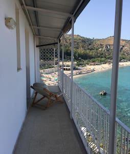 On the jonian sea - Caminia - Wohnung