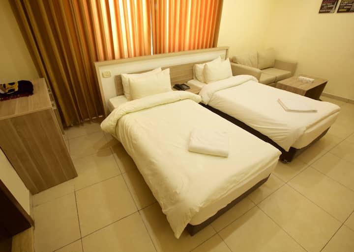 Lujain Hotel Suites/Studio