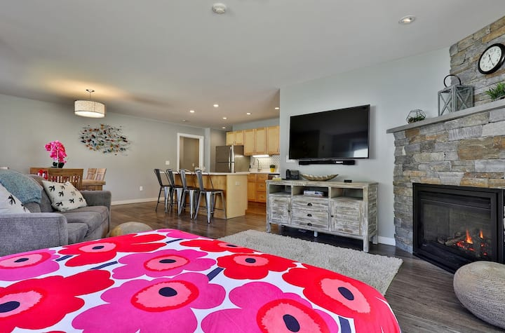 Brit Suite at Killington: Sleep 10 in Lux Remodeled Condo 5 min to Resort 541/2