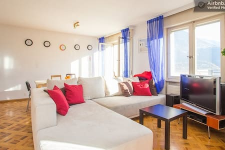 Big Cozy Appartment in Sierre Centrale - Sierre - Apartment