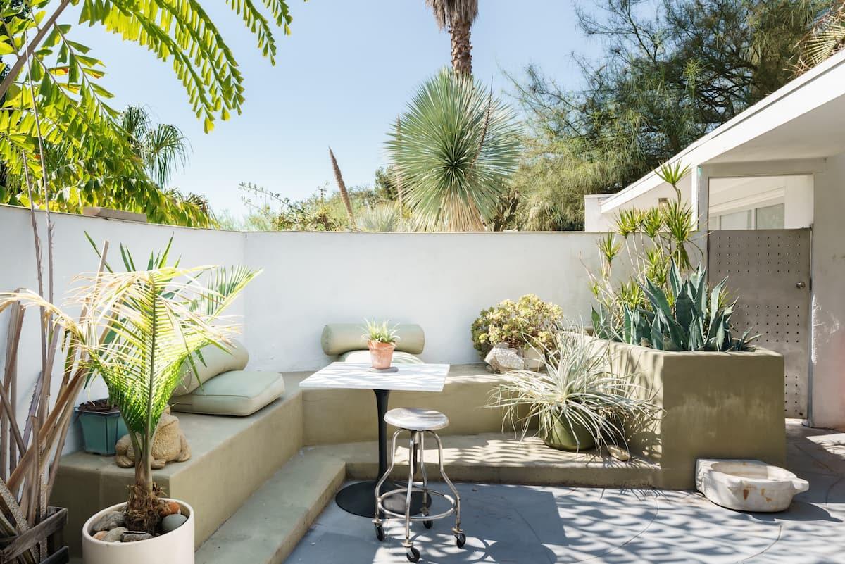 Casa Moderna- Mid-Century Modern Home in Architectural Park