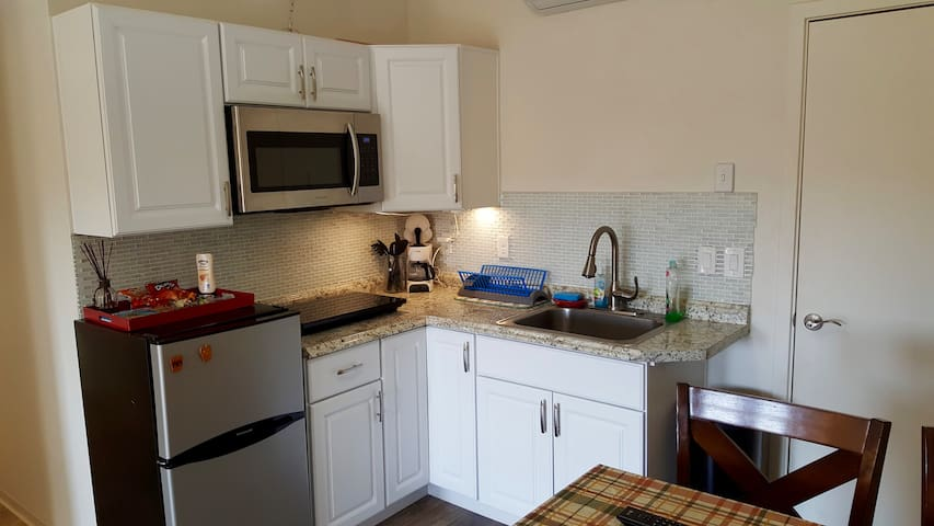 *relax+unwind* Your New Cozy Vacation Home. - Kapolei - Apartamento