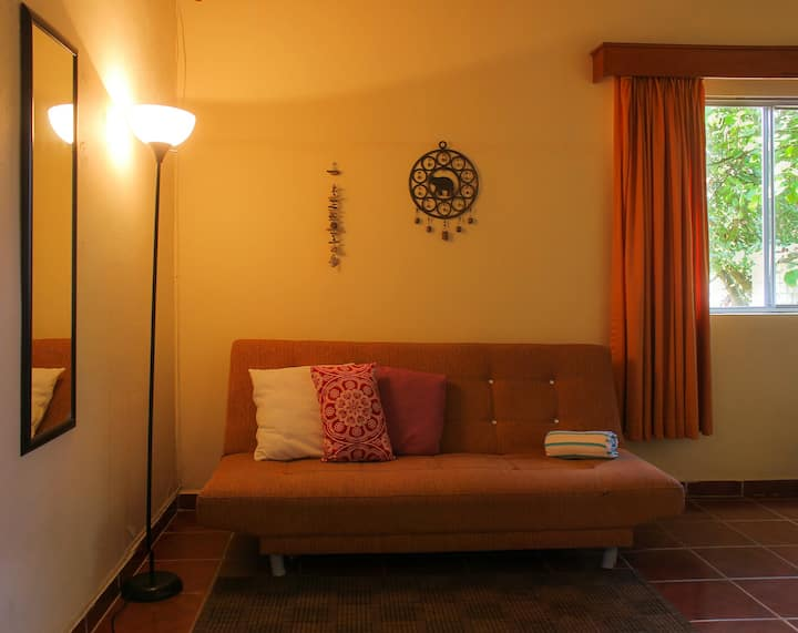 Clean and Beautiful Home. Limpio y hermoso hogar