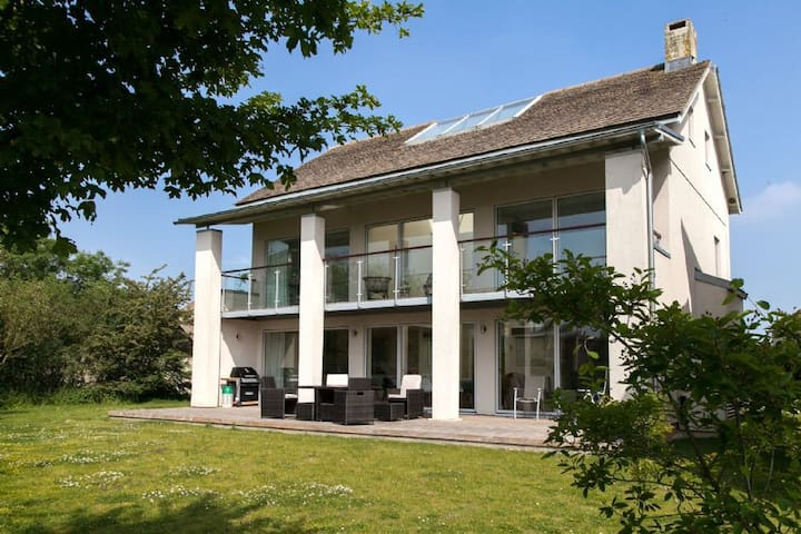 Butterfly Sound, Luxury Spa, Nature Reserve, Child Friendly, Lower Mill Estate