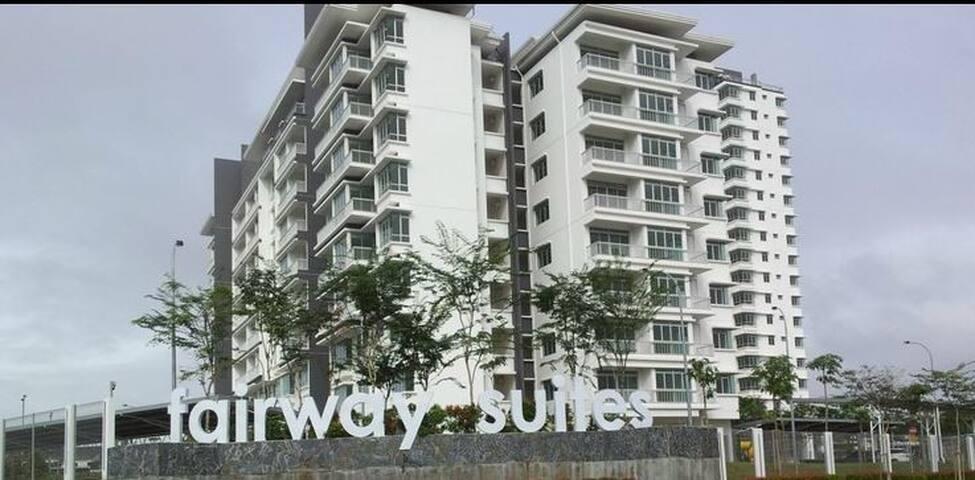 Horizon Hills Fairway Suites Fully Furnish Apt - Nusajaya - อพาร์ทเมนท์