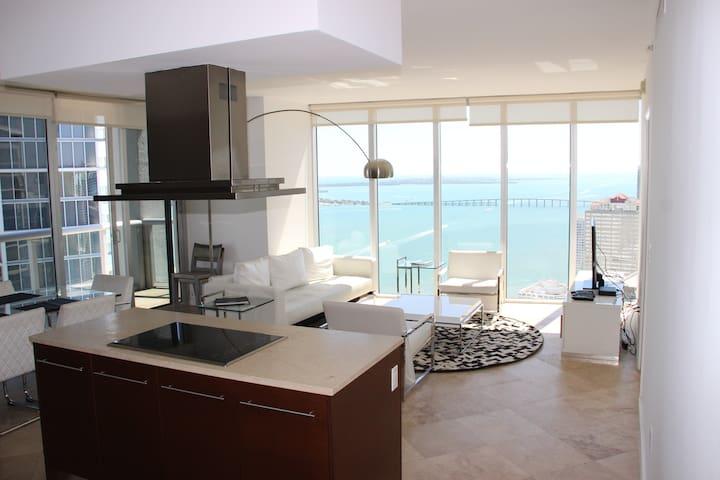 W Miami - LUXURY -Icon -Brickell apartment