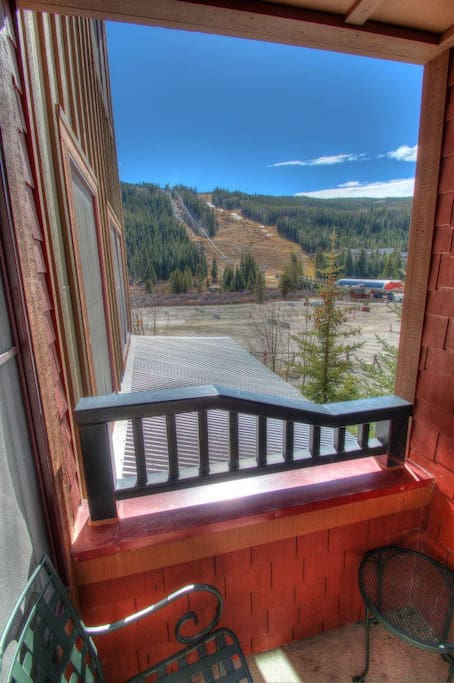 Deck - Enjoy watching the gondola and the skiers coming down River Run right from the comfort of your patio or living room!