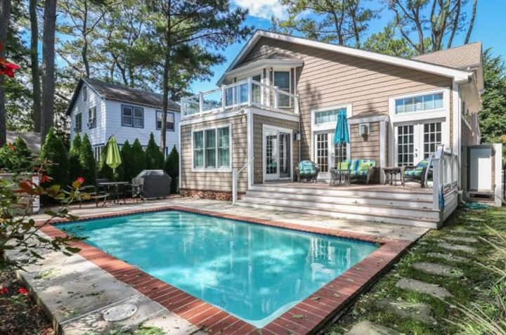 South Rehoboth 2 blocks to beach with POOL
