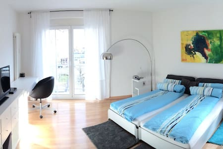 TOP mod. DesignApp. im Zentrum WLAN - Apartment