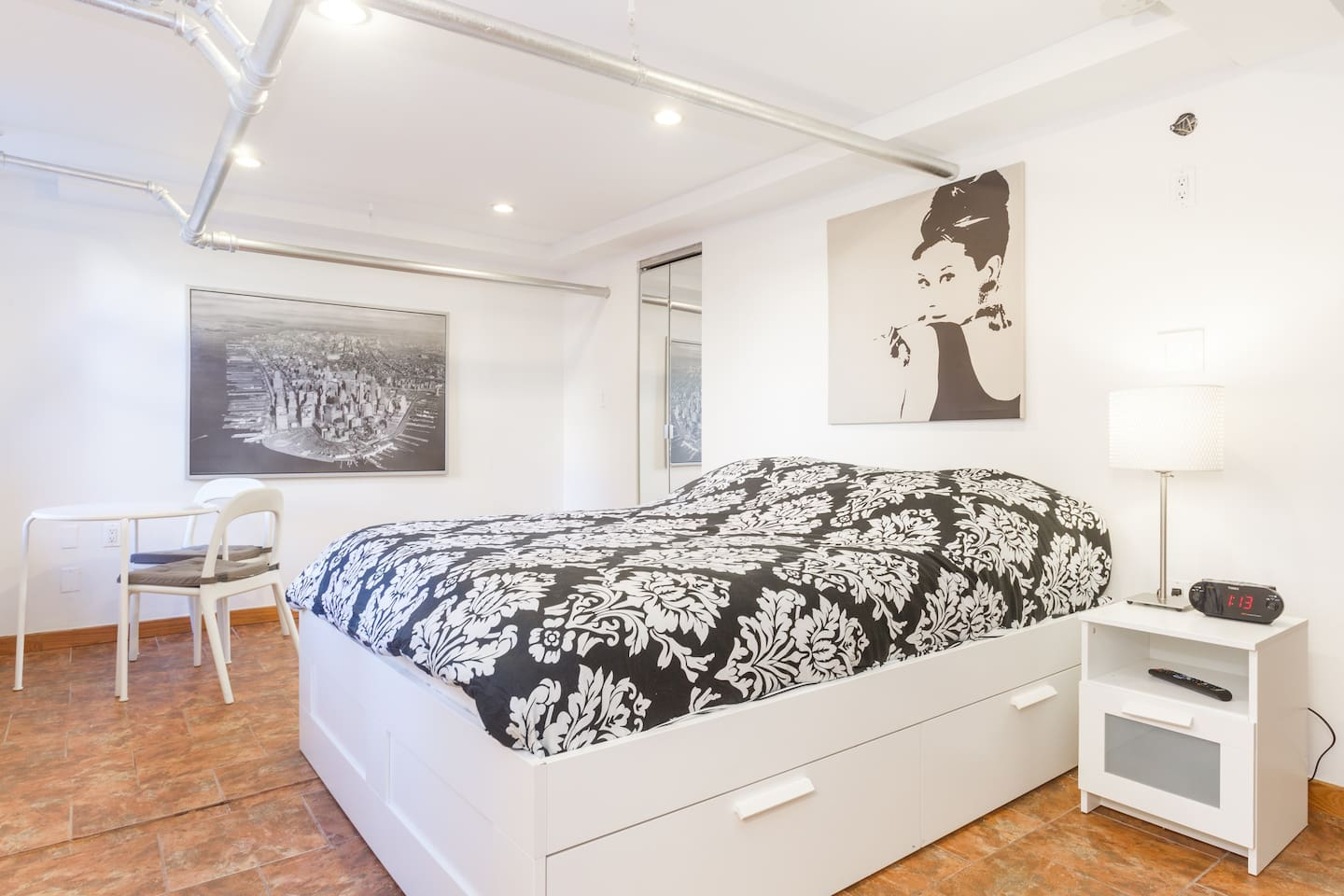 a gem garden apt on broadway 42st queens ny apartments for rent