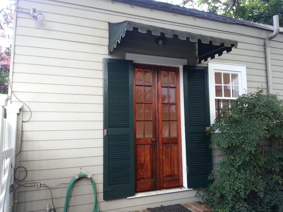 Guest Suite Private Entrance