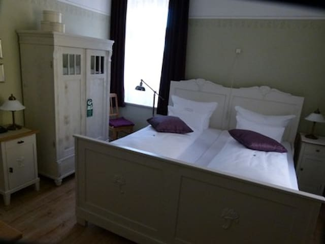 Double room in the historic mill - Eberstedt - Hus