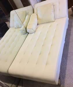 sweet dream single neat otaku couch - Monterey Park - Bed & Breakfast