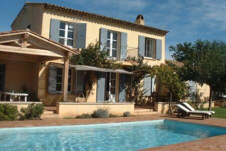 Beautiful 5 bedroom Villa - Grimaud