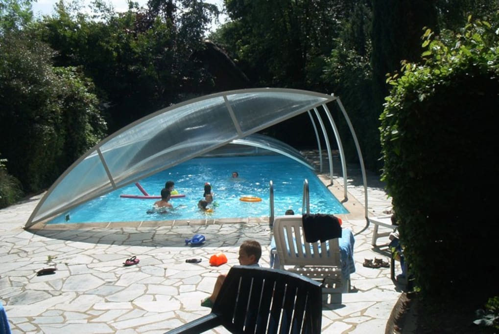 Maison avec piscine rennes bretagne houses for rent in for Chatillon piscine