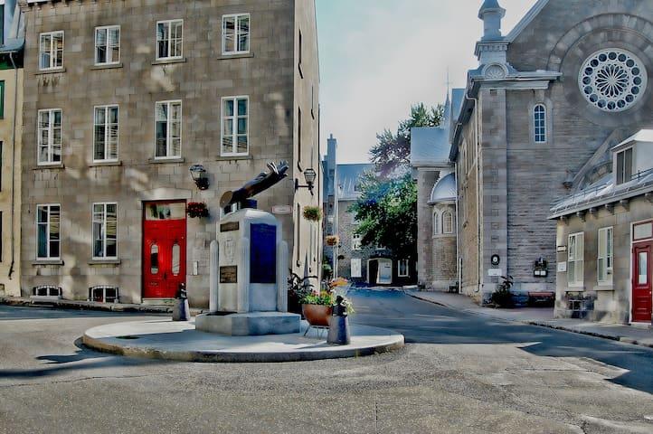 2BR Quebec City Condo w/Balcony Views! - Ville de Québec - Lyxvåning