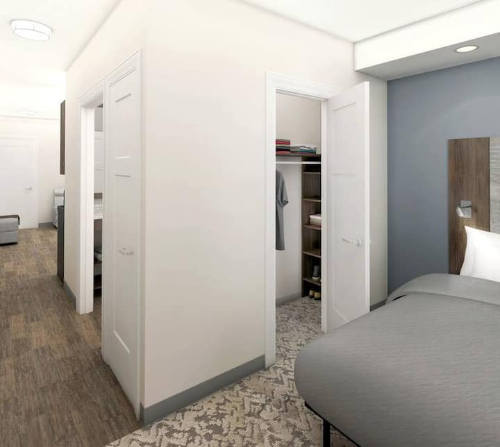 Private 1 Bedroom Apt Brand New Facility Weekly Rt