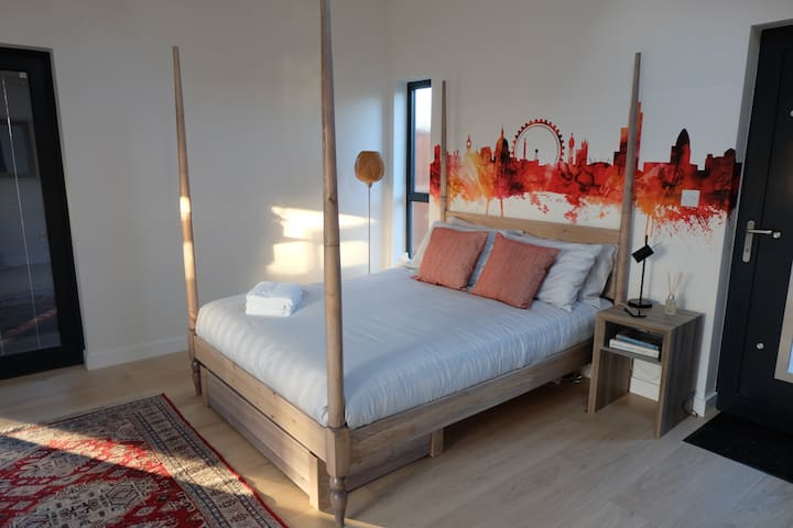 Moroccon style four-poster bed