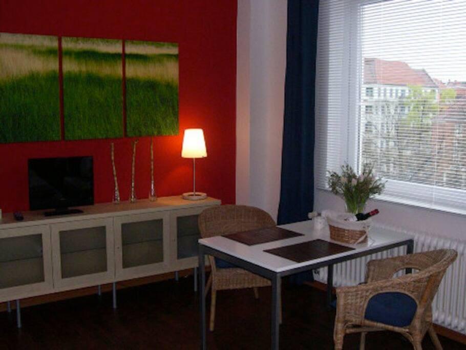 apartment berlin charlottenburg appartementen te huur in berlijn berlijn duitsland. Black Bedroom Furniture Sets. Home Design Ideas
