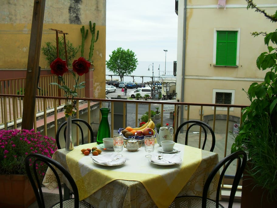B b wifi free sea view amalfi coast bed and breakfasts for Bed and breakfast amalfi coast