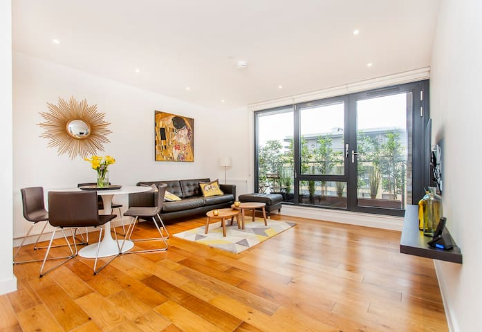 LOVELY MODERN APARTMENT GREAT LOCATION CITY ACCESS - Londra - Daire