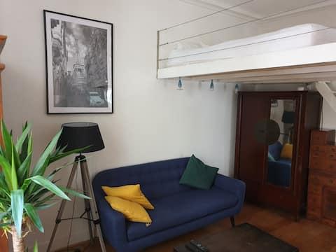 Joli Studio à Paris 16ème, proche Tour Eiffel