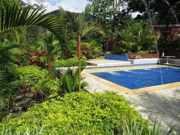 Espectacular Casa Quinta con piscina clima calido
