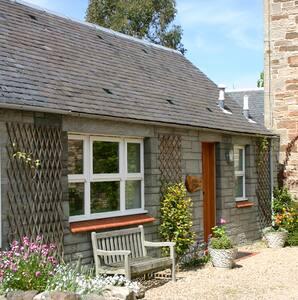 Victorian Sandstone Stable Cottage - Ayr - Haus