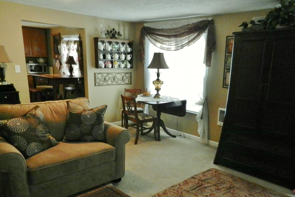 Living/Dinning rooms