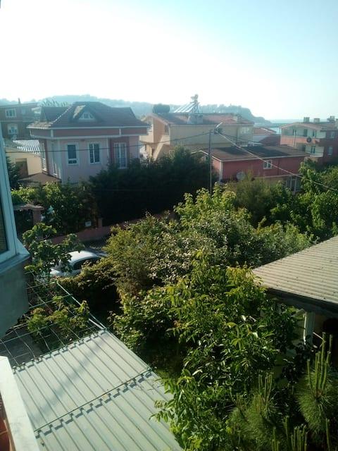 Near İstanbul airport,seaside lovely family house