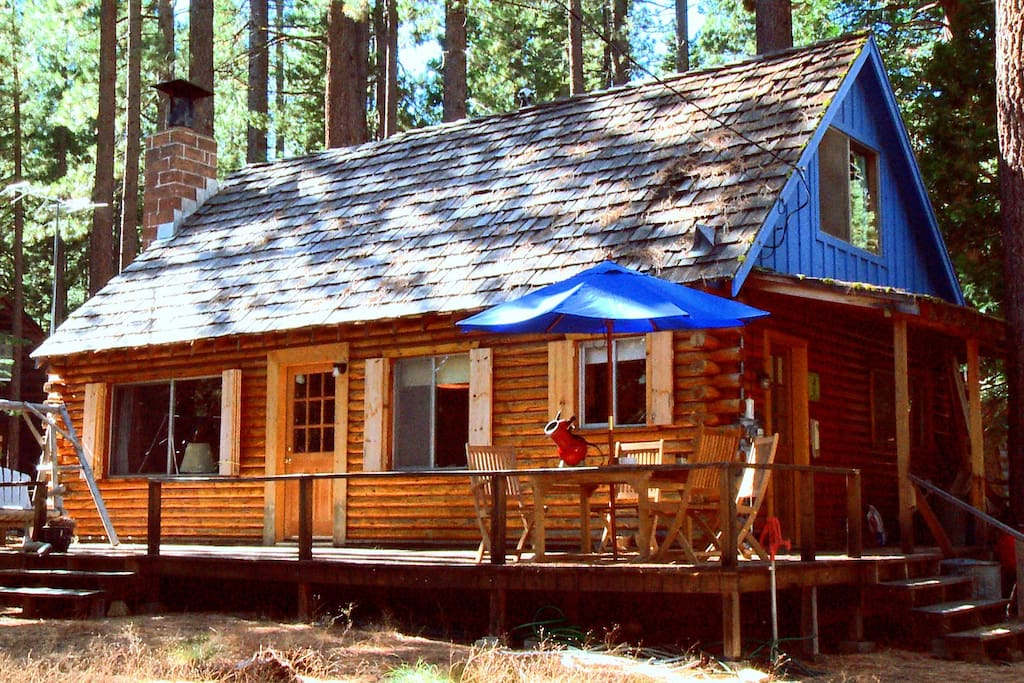 Lake tahoe log cabin beach access cabins for rent in for Cabin rental tahoe