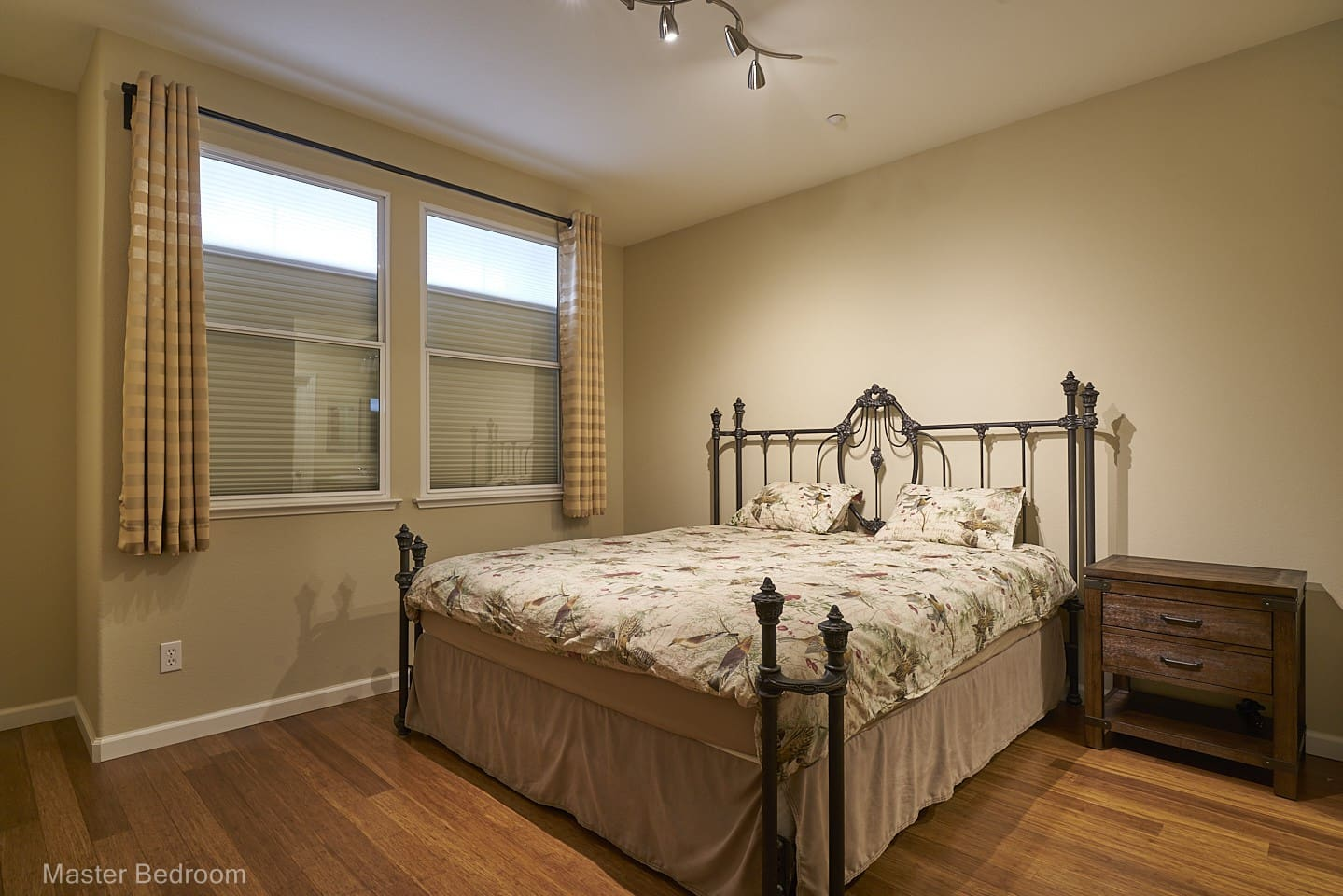 California King bed and soundproof windows for super quiet and comfortable sleep