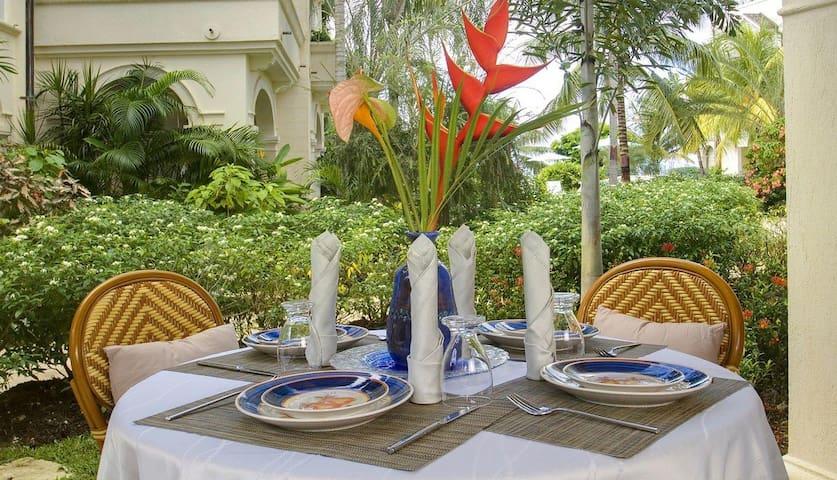 1 bd, beachfront, pool, jacuzzi - St. Peter Parish, Barbados - Villa