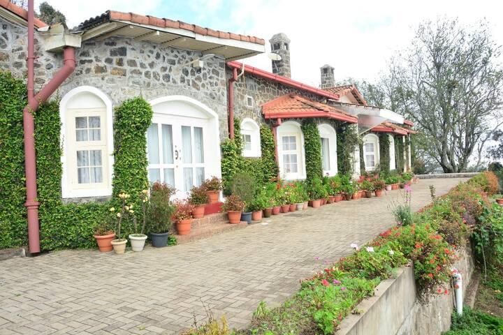 Luxury Heritage Rooms near Coakers walk