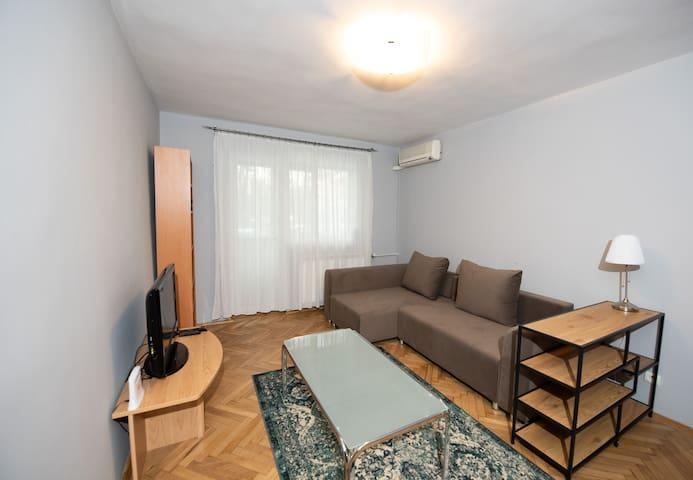 Bazilescu Apartment